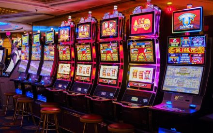 slotmachines 440x275 - The Best Horror Themed Slot Games